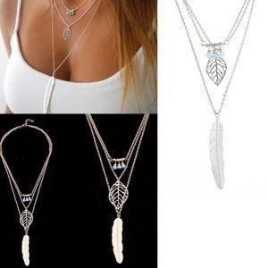 Jewelry - 🎀NEW! Dainty leaf multi-layered boho necklace 🎀